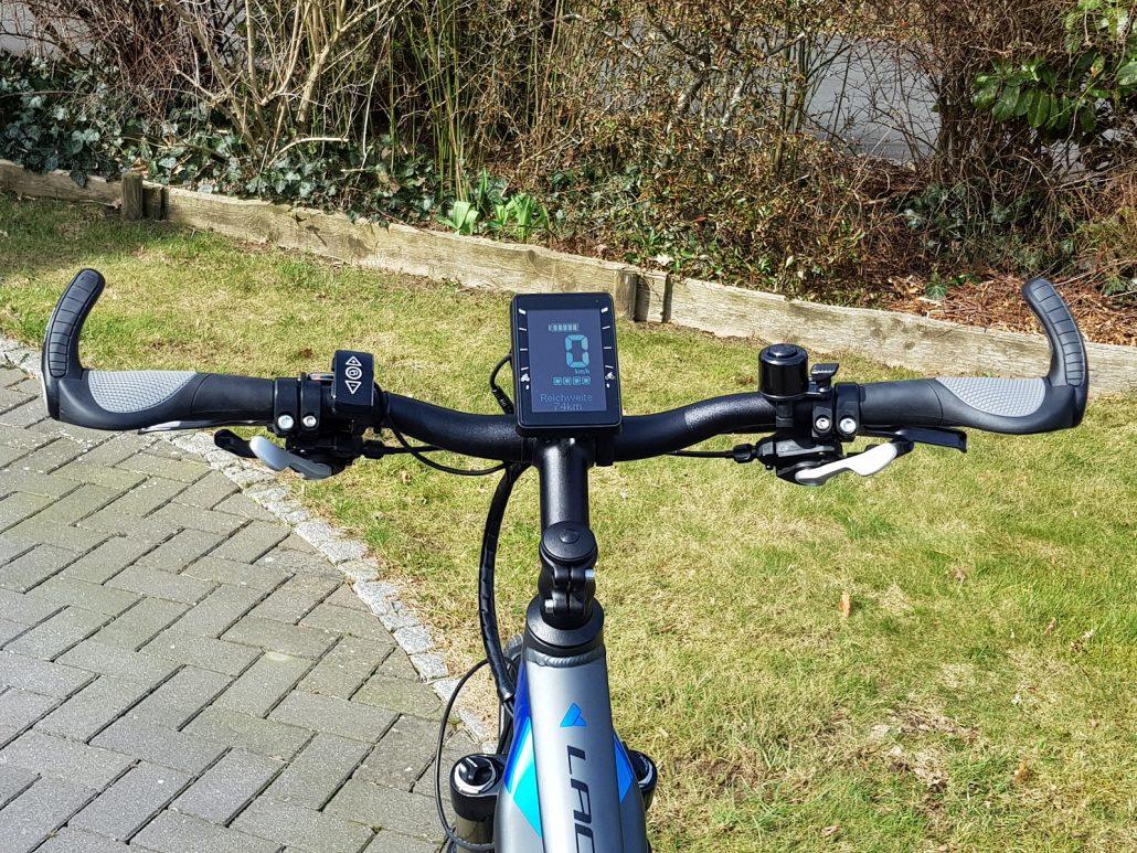 Beste E-Bikes & Fahrradträger | CUX RENT FR-08
